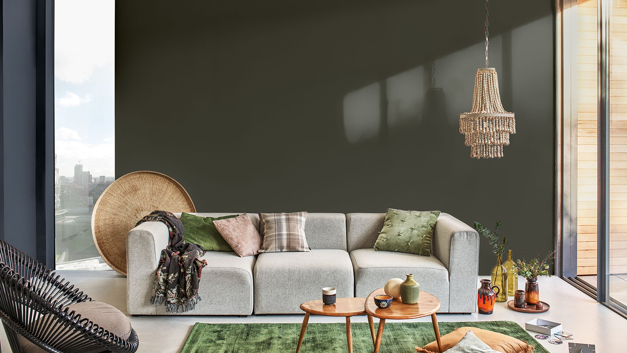 how_to_use_dark_shades_in_your_living_room