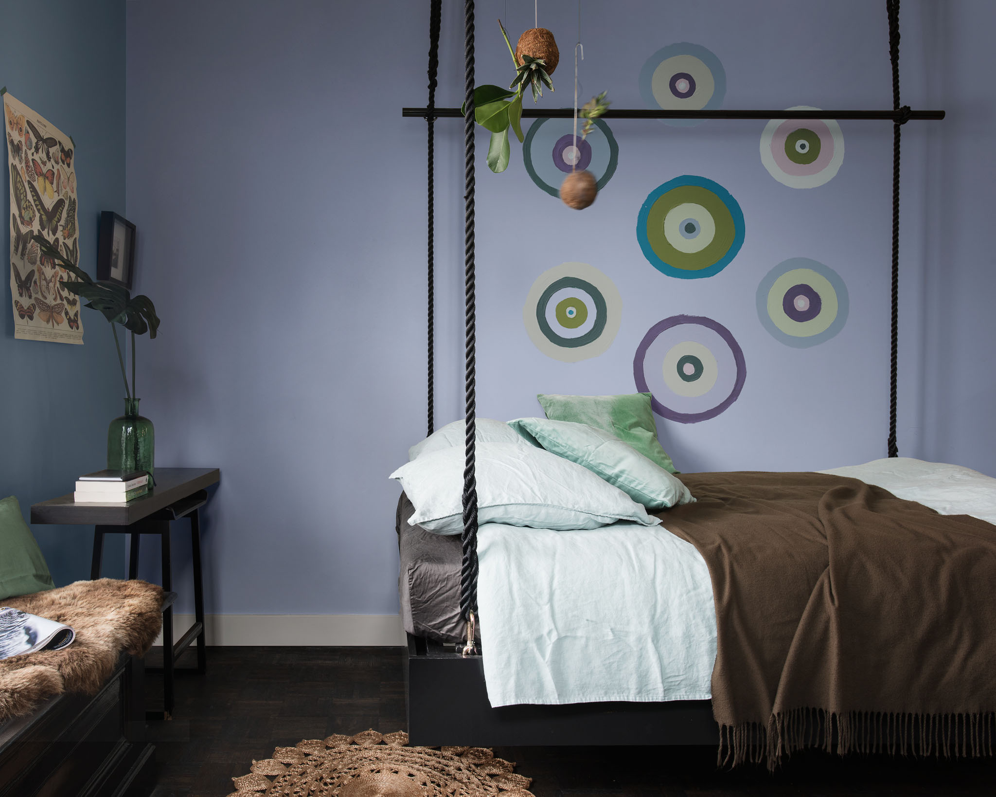 Try creative shapes on the wall in your teen's bedroom