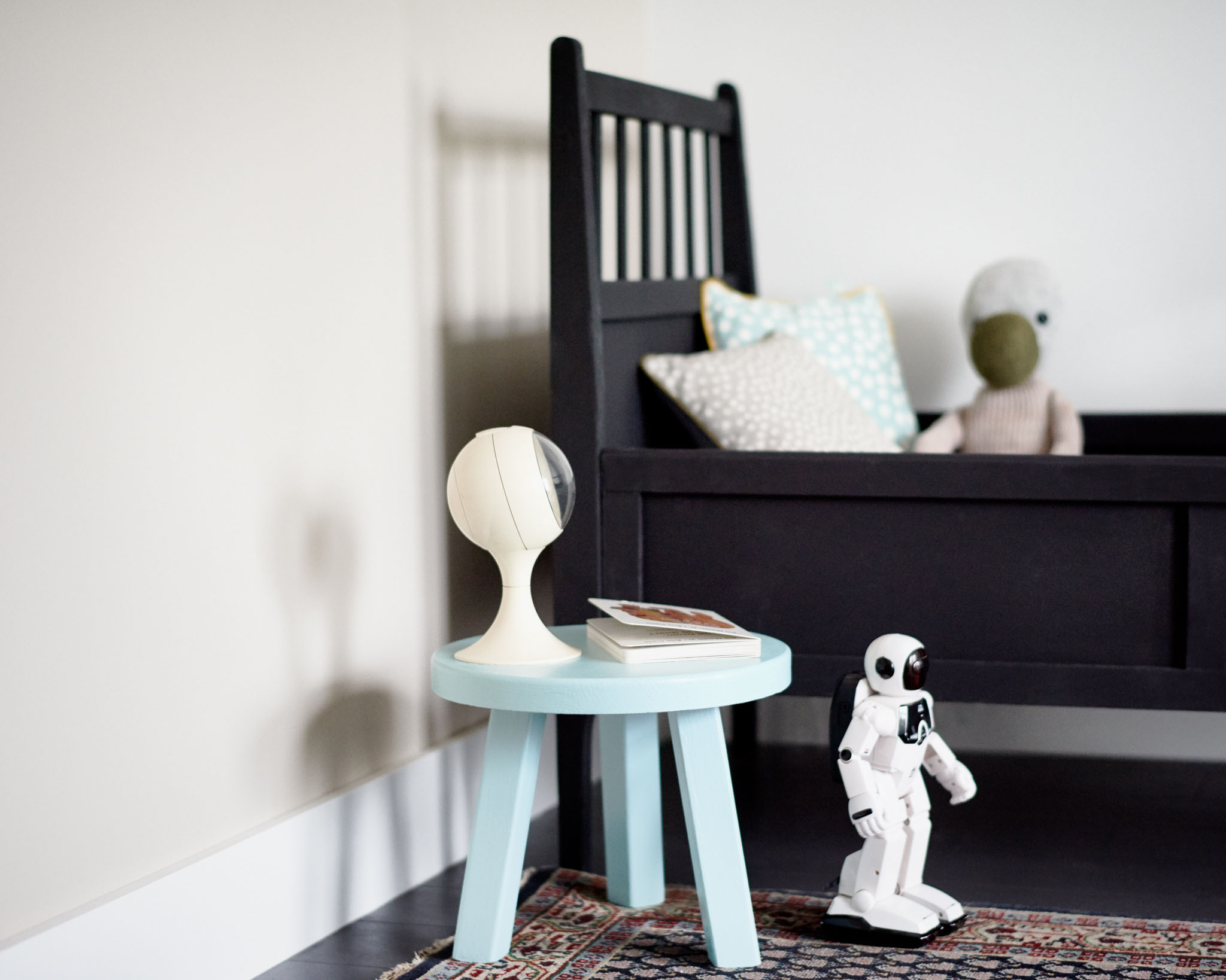 Introduce Scandinavian style to your kid's bedroom for a new look