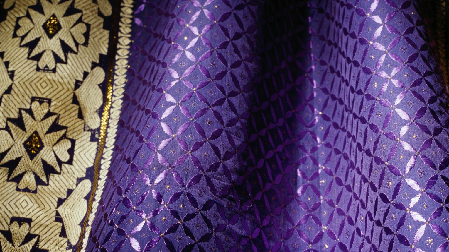 Decorate your home in shades of rich purple to feel like royalty.