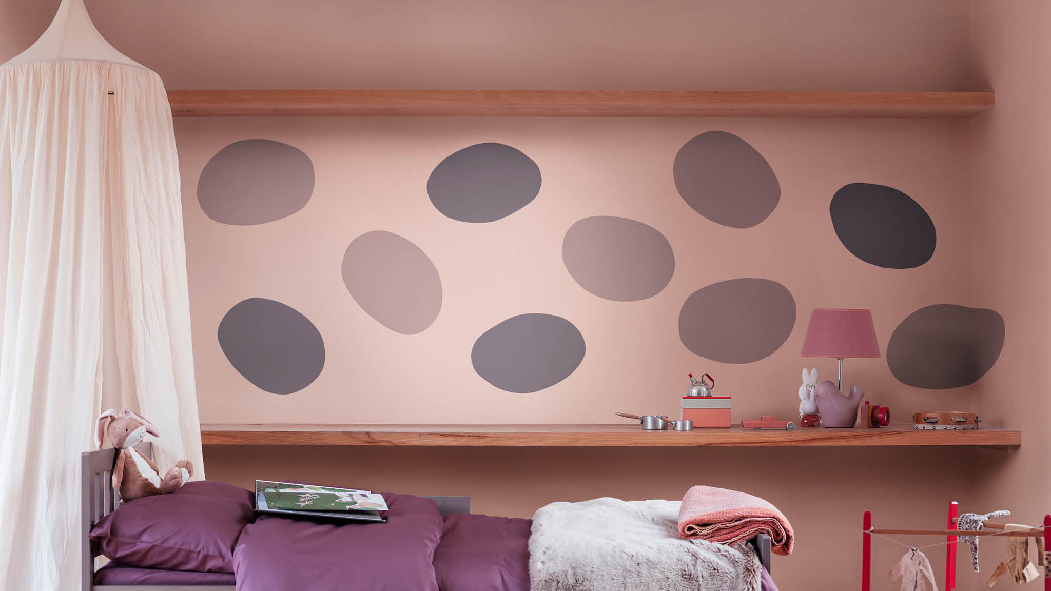 Use Heart Wood shapes to create a fantasy child's bedroom