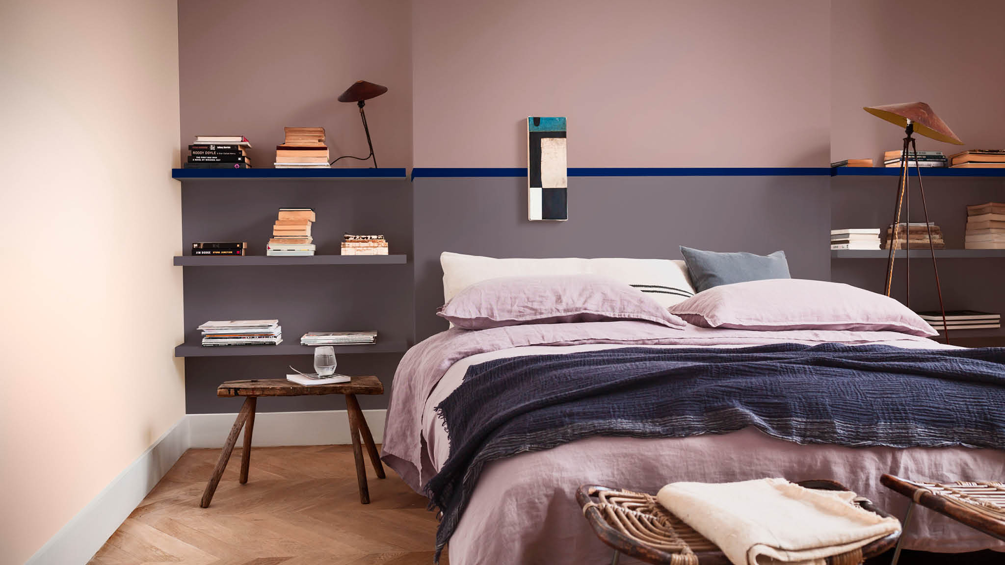 Enriching colours in a bedroom